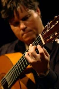 Tomás Jiménez shows chord